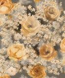 单色在黑暗的背景-墙纸的一个大样式的水彩金装饰花 向量例证