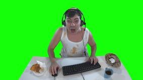 单薄的在网络的游戏玩家戏剧网络游戏 绿色屏幕 股票视频