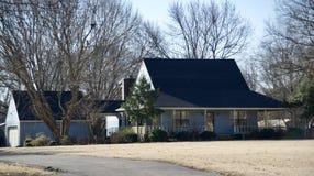 单身家庭的独立的住宅 库存图片
