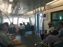 单轨铁路车迪拜 免版税库存图片