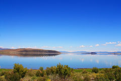 单音的湖 库存图片