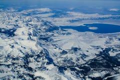 单音空中摄影的湖 免版税图库摄影