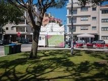 卖多福饼,雅尔丁朱利奥Graca,孔迪镇,葡萄牙的Churros/Farturas立场 免版税库存照片