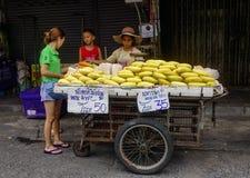 卖果子的供营商在曼谷,泰国 图库摄影