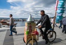 卖甜点在土耳其 库存图片