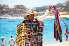 卖纪念品的人在Cabo圣卢卡斯,墨西哥 库存照片