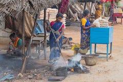 卖腰果的队在泰米尔纳德邦 库存图片