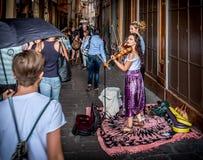 卖艺人小提琴手 库存图片