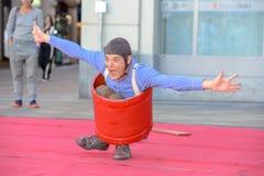卖艺人节日的喜剧演员Barto在卢加诺,瑞士 库存图片