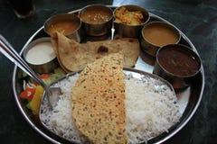印第安食物thali 免版税图库摄影