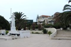 南希腊波罗斯岛,九头蛇,埃伊纳岛06的海岛 15 2014年 希腊海岛沿海海岛的风景温暖的evenin的 库存照片