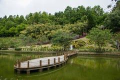 南投县,台湾Cingjing农厂小的瑞士庭院 免版税库存照片