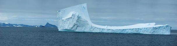 南极冰海岛 库存照片