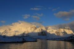 南极日出 库存图片