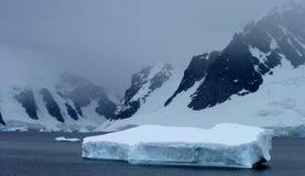 南极洲冰冷的横向 图库摄影