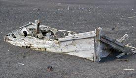 南极洲小船捕鲸 免版税图库摄影