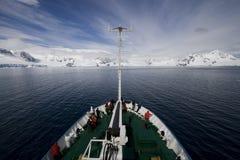 南极洲小船行程 库存照片