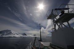 南极洲小船行程 免版税图库摄影