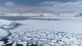 南极洲海洋远征破冰船小船天线 影视素材