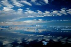 南极镜子 免版税图库摄影