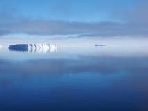 南极洲冰山风景 图库摄影