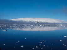 南极洲冰山风景 免版税库存图片