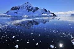 南极洲蓝色深海 库存照片
