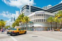 南海滩的,迈阿密著名艺术装饰旅馆 库存图片