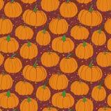 南瓜仿造与磨石子地背景紫色版本 秋天无缝的传染媒介样式用手拉的南瓜 库存照片