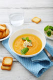 南瓜汤用乳酪 库存图片