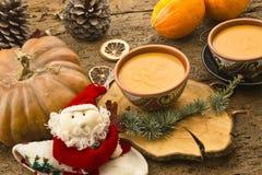 南瓜汤,圣诞节菜单 库存图片