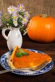 南瓜饼和雏菊 库存图片
