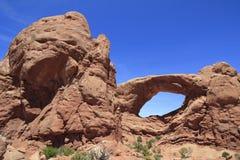 南窗口曲拱,拱门国家公园,犹他,美国 免版税库存照片