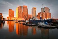 南船坞和金丝雀码头,伦敦。 免版税图库摄影