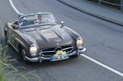 南蒂罗尔经典cars_MERCEDES 300 SL褐色 库存图片
