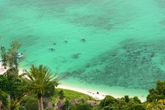 南部的海滩的鸟瞰图 Ko Adang 沙敦府 泰国 库存照片