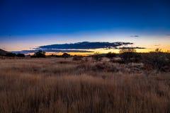 南部非洲的干旱台地高原日出 免版税库存图片