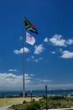南非和乳腺癌知名度标志 免版税库存图片