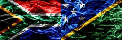 南非对所罗门群岛烟旗子肩并肩安置了 概念和想法旗子混合 库存例证