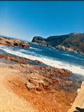 南非开普敦海滩岩石和水 免版税图库摄影