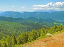 南Tyrolean山概要 免版税库存图片
