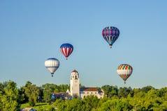 博伊西有热空气气球的列车车库 免版税库存照片