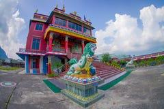 博克拉,尼泊尔- 2017年10月06日:西藏建筑学 萨迦派修道院是香客和游人目的地 其 免版税图库摄影