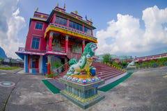 博克拉,尼泊尔- 2017年10月06日:西藏建筑学 萨迦派修道院是香客和游人目的地 其 库存图片