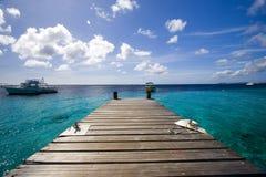 博内尔岛码头海洋 免版税库存图片
