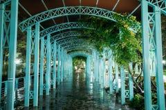 博尔若米, Samtskhe-Javakheti,乔治亚 对亭子的曲拱入口 免版税库存照片