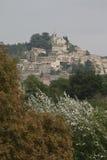 博尼约小山上面村庄在Luberon,法国 免版税库存图片