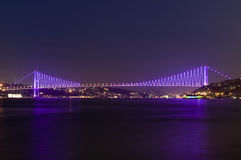 博斯普鲁斯海峡桥梁伊斯坦布尔火鸡 免版税库存图片