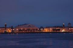 博物馆晚上彼得斯堡st 免版税图库摄影