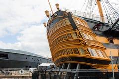 博物馆船HMS胜利的船尾在波兹毛斯靠码头 免版税图库摄影
